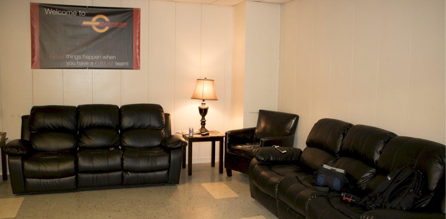 Barr-Nunn Columbus Lounge